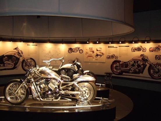 WM011 - Custom Wall Mural for Auto Dealerships & Services
